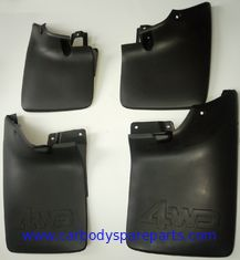 China Nissan Pickup D22 RICH P27-4WD 4 Wheel Drive Rubber Mud Flaps 63850-P3100 63851-P3100 93820-P3100 93821-P3100 supplier